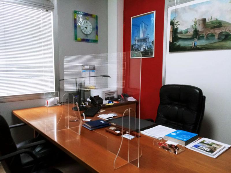 pannello-plexiglass-ufficio-protezione-feritoia